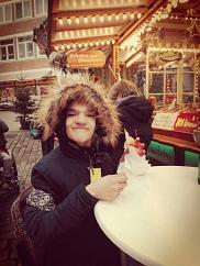 Deniz findet Pommes super
