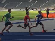 Elias beim 800m Lauf