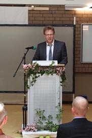 Herr Ackermann vom Gymnasium Stolzenau