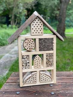 Insektenhotel (klein)©Helen-Keller-Schule
