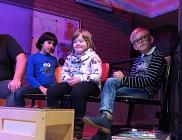 Ranj, Alexandra und Niklas warten auf ihren Auftritt