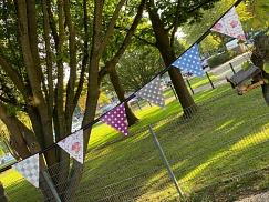 Wimpelkette aus Wachstuch (outdoor)©Helen-Keller-Schule