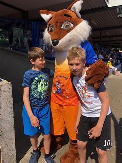 Zwei mit Fuchs